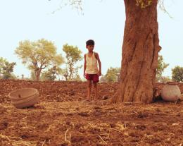 photo 2/11 - Aman Attar - Maudite Pluie ! - © Damned Distribution