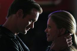 photo 14/65 - Alexander Skarsg�rd, Kristin Bauer - True Blood - Saison 3 - © Warner Home Vid�o