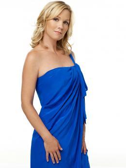 photo 31/33 - Jennie Garth - 90210 - Nouvelle génération - Saison 2 - © Paramount