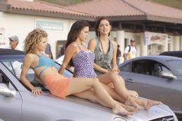 photo 25/33 - AnnaLynne McCord, Jessica Lowndes, Jessica Stroup - 90210 - Nouvelle génération - Saison 2 - © Paramount