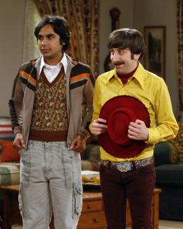 photo 3/13 - Kunal Nayyar,   Simon Helberg - The Big Bang Theory - Saison 3 - © Warner Home Vidéo