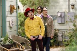 photo 4/13 - Simon Helberg, Johnny Galecki, Kunal Nayyar - The Big Bang Theory - Saison 3 - © Warner Home Vidéo