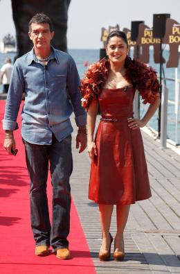 photo 53/135 - Salma Hayek et Antonio Banderas - Présentation du Chat Potté - Cannes 11 mai 2011 - Le Chat Potté - © Lucian Capellaro/Paramount Pictures