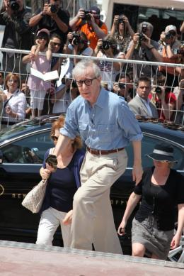 photo 20/41 - Woody Allen - Présentation de Minuit à Paris - 11 mai 2011 - Minuit à Paris - © Isabelle Vautier pour CommeAuCinema - Cannes 2011