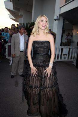 photo 75/238 - Cérémonie d'ouverture Cannes 2011 - 11 mai 2011 - Mélanie Laurent - © Isabelle Vautier pour CommeAuCinema - Cannes 2011