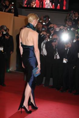 photo 25/29 - Tilda Swinton - Présentation du film We need to talk about Kevin - 12 mai 2011 - We Need to Talk About Kevin - © Isabelle Vautier pour CommeAuCinema - Cannes 2011