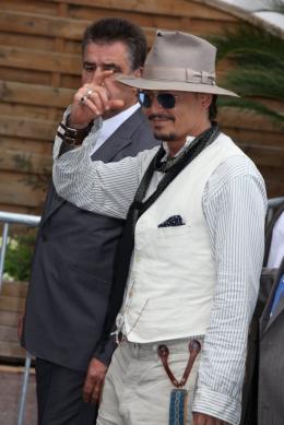 photo 64/140 - Johnny Depp - Conférence de presse Pirates des Caraibes 4 - Pirates des Caraïbes : La fontaine de Jouvence - © Isabelle Vautier pour CommeAuCinema - Cannes 2011