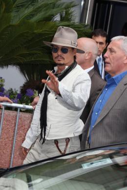 photo 71/140 - Johnny Depp - Conférence de presse Pirates des Caraibes 4 - Pirates des Caraïbes : La fontaine de Jouvence - © Isabelle Vautier pour CommeAuCinema - Cannes 2011