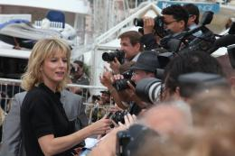 photo 33/92 - Karin Viard - Conférence de presse du film Polisse - mai 2011 - Polisse - © Isabelle Vautier pour CommeAuCinema - Cannes 2011
