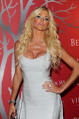 Victoria Silvstedt Soirée Belvédère - Cannes, mai 2011 photo 1 sur 3
