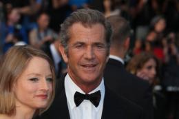 photo 47/59 - Jodie Foster et Mel Gibson - Montée des marches du film Le Complexe du Castor - Mai 2011 - Le Complexe du castor - © Isabelle Vautier pour CommeAuCinema - Cannes 2011