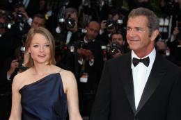 photo 28/59 - Jodie Foster et Mel Gibson - Montée des marches du film Le Complexe du Castor - Mai 2011 - Le Complexe du castor - © Isabelle Vautier pour CommeAuCinema - Cannes 2011