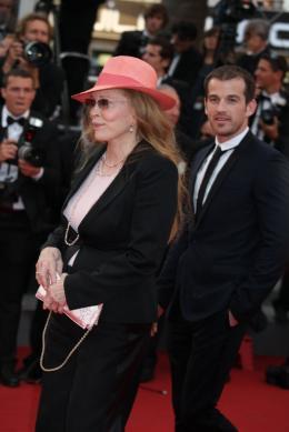 photo 18/35 - Faye Dunaway - Soirée hommage à Jean-Paul Belmondo - Mai 2011 - Belmondo... Itinéraire - © Isabelle Vautier pour CommeAuCinema - Cannes 2011