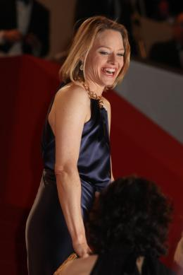photo 61/66 - Jodie Foster - Montée des marches du film Melancholia - Mai 2011 - Melancholia - © Isabelle Vautier pour CommeAuCinema - Cannes 2011