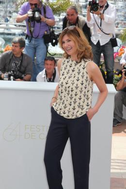 photo 17/75 - Florence Pernel - Photocall du film La Conquete - Mai 2011 - La Conquête - © Isabelle Vautier pour CommeAuCinema - Cannes 2011