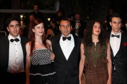 photo 51/51 - Zinedine Soualem et le Jury Jeune - Présentation du film Drive - Mai 2011 - Drive - © Isabelle Vautier pour CommeAuCinema - Cannes 2011