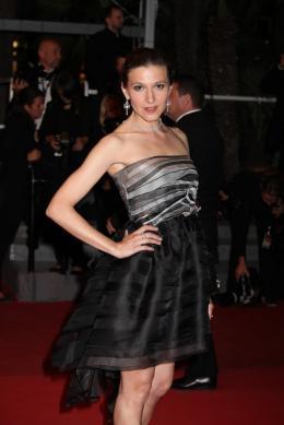 photo 44/51 - Caroline Ducey - Pr�sentation du film Drive - Mai 2011 - Drive - © Isabelle Vautier pour CommeAuCinema - Cannes 2011