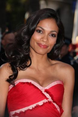 photo 22/48 - Rosario Dawson - Mont�e des marches du film This Must Be The Place - Mai 2011 - This must Be the Place - © Isabelle Vautier pour CommeAuCinema - Cannes 2011