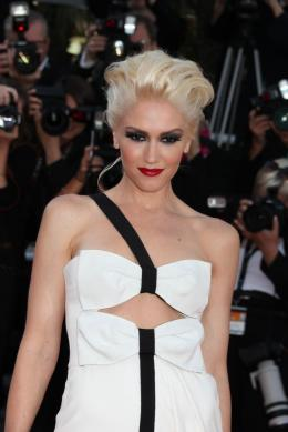 photo 26/48 - Gwen Stefani - Mont�e des marches du film This Must Be The Place - Mai 2011 - This must Be the Place - © Isabelle Vautier pour CommeAuCinema - Cannes 2011