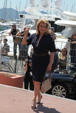 photo 13/21 - Catherine Deneuve - Conférence de presse Les Bien-Aimés - Mai 2011 - Les bien-aimés - © Isabelle Vautier pour CommeAuCinema - Cannes 2011