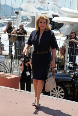 photo 10/21 - Catherine Deneuve - Conférence de presse Les Bien-Aimés - Mai 2011 - Les bien-aimés - © Isabelle Vautier pour CommeAuCinema - Cannes 2011