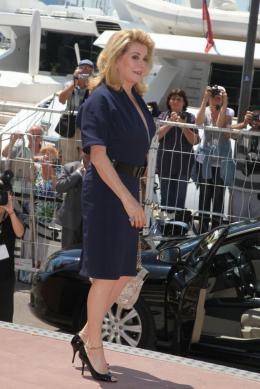 photo 14/21 - Catherine Deneuve - Conférence de presse Les Bien-Aimés - Mai 2011 - Les bien-aimés - © Isabelle Vautier pour CommeAuCinema - Cannes 2011