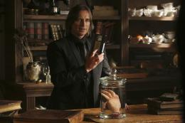 photo 30/37 - Robert Carlyle - Once Upon a Time - Saison 4