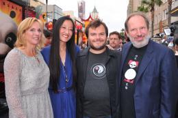 photo 72/80 - Melissa Cobb, Jennifer Yuh Nelson, Jack Black et Hans Zimmer - Avant-première de Kung Fu Panda 2 - Kung Fu Panda 2 - © Paramount