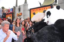 photo 69/80 - Dustin Hoffman - Avant-première de Kung Fu Panda 2 - Kung Fu Panda 2 - © Paramount