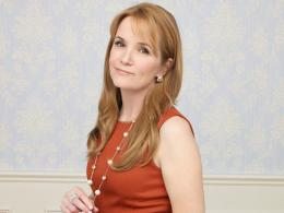 Lea Thompson Switched at birth photo 6 sur 11