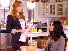 Lea Thompson Switched at birth photo 4 sur 11