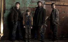 Connor Jessup Falling Skies photo 7 sur 7