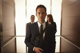 Patrick J. Adams Suits photo 3 sur 11