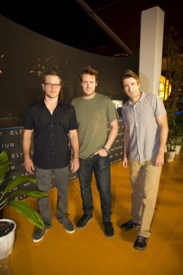 photo 35/51 - Matt Damon, Neill Blomkamp et Sharlto Copley - Elysium - © Sony Pictures
