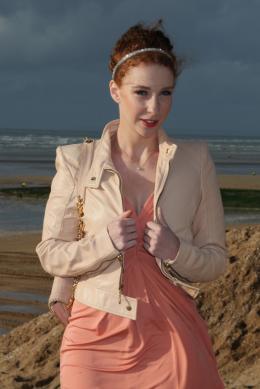Lola Naymark Festival du Film Romantique de Cabourg 2011 photo 4 sur 14