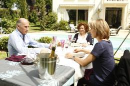 photo 3/19 - Guy Marchand, Natacha Amal, Catherine Arditi, - Un b�b� pour mes 40 ans - © TF1