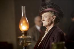 Maggie Smith Downton Abbey - Saison 5 photo 7 sur 99