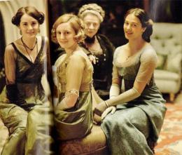 Laura Carmichael Downton Abbey photo 8 sur 19