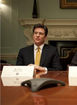 photo 1/13 - Matthew Modine - Too Big to Fail : Débacle à Wall Street - © HBO
