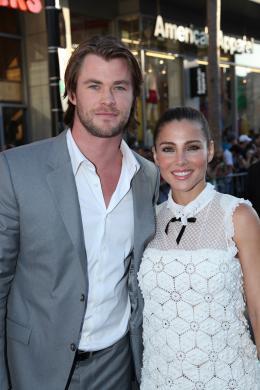 photo 35/65 - Chris Hemsworth et Elsa Pataky - Avant-première de Captain America - Captain America : First Avenger - © Paramount