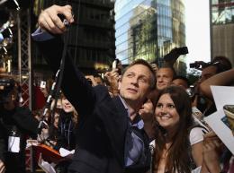 photo 56/83 - Daniel Craig - Avant-Premi�re Cowboys & Envahisseurs � Berlin - Cowboys & Envahisseurs - © 2011 Getty Images