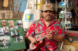 photo 15/50 - Luis Guzman - Voyage au centre de la Terre 2 : l'île mystérieuse - © Warner Bros