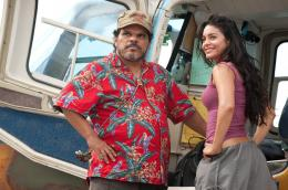 photo 20/50 - Luis Guzman, Vanessa Hudgens - Voyage au centre de la Terre 2 : l'île mystérieuse - © Warner Bros