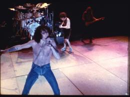 photo 3/5 - AC/DC Let there be Rock - © Warner Home Vidéo