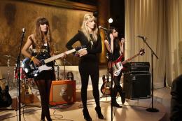 photo 25/38 - Plasticines - Gossip Girl - Saison 3 - © Warner Home Vidéo