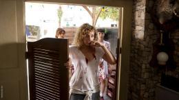 photo 11/18 - Juliette Arnaud, Christine Anglio - Arr�te de pleurer P�n�lope, le film - © SND