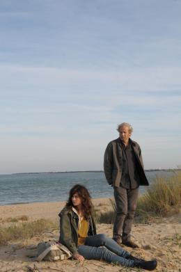 photo 14/15 - Jeanne Lambert, Patrick  Chesnais - Bienvenue parmi nous - © Studio Canal