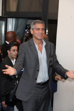 photo 13/69 - George Clooney - Photocall Les Marches du Pouvoir, 31 aout 2011, Venise - Les Marches du pouvoir - © Isabelle Vautier pour Commeaucinema.com