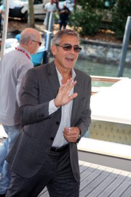 photo 32/69 - George Clooney - Photocall Les Marches du Pouvoir, 31 aout 2011, Venise - Les Marches du pouvoir - © Isabelle Vautier pour Commeaucinema.com