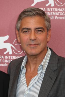 photo 22/69 - George Clooney - Photocall Les Marches du Pouvoir, 31 aout 2011, Venise - Les Marches du pouvoir - © Isabelle Vautier pour Commeaucinema.com
